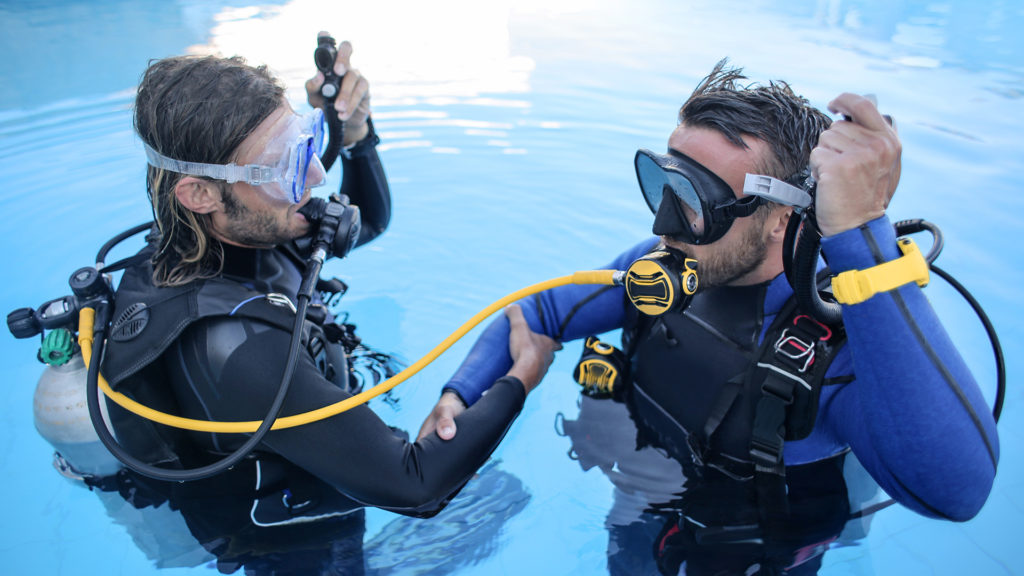aquaventure malta entry level diving courses