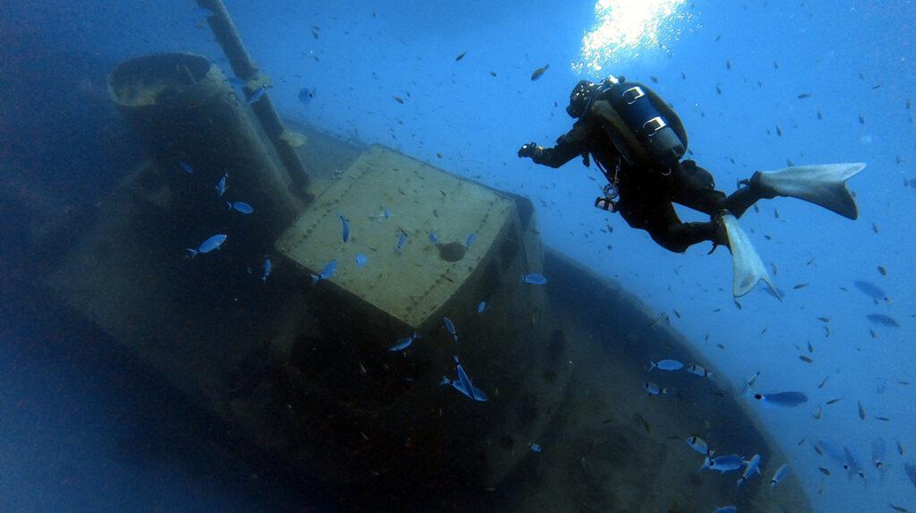 aquaventure private dive guide